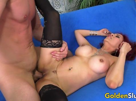 Older Claudia Fox Squirts Like a Perfect Slut After Riding