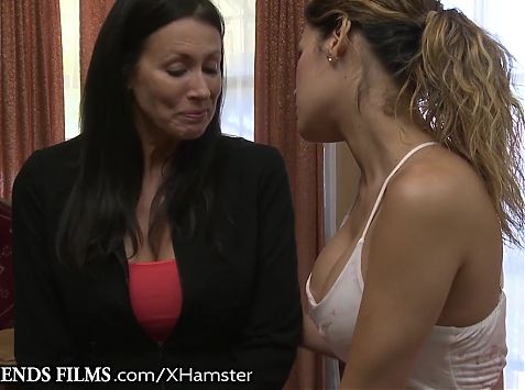 Vanessa Passionately Eats Out MILF She Seduced