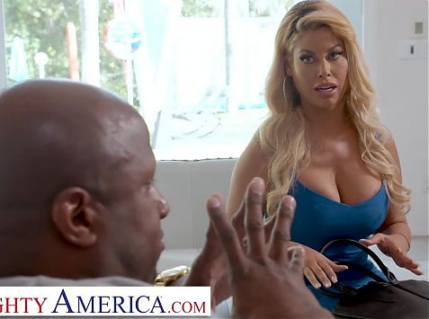 Naughty America Bridgette B. fucks husbands bully