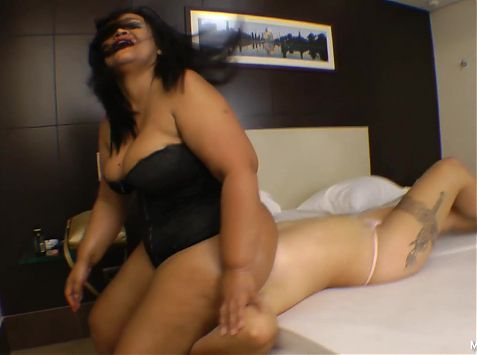 Enormous Butt and Tiny Slave - extreme face fuck by BBW