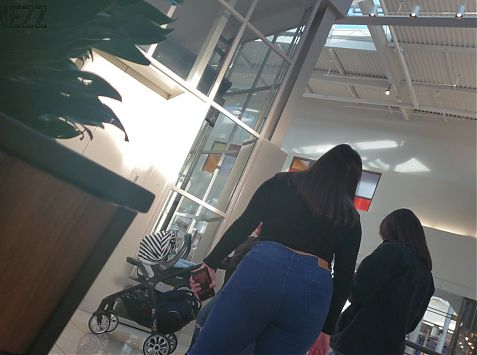 Latina TEENS with that booty juice